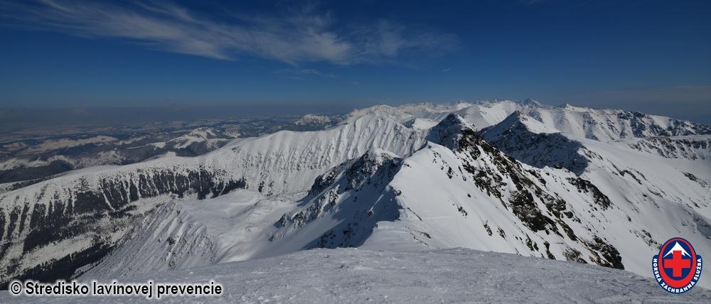 2020.03.25 pohľad na Západné a Vysoké Tatry