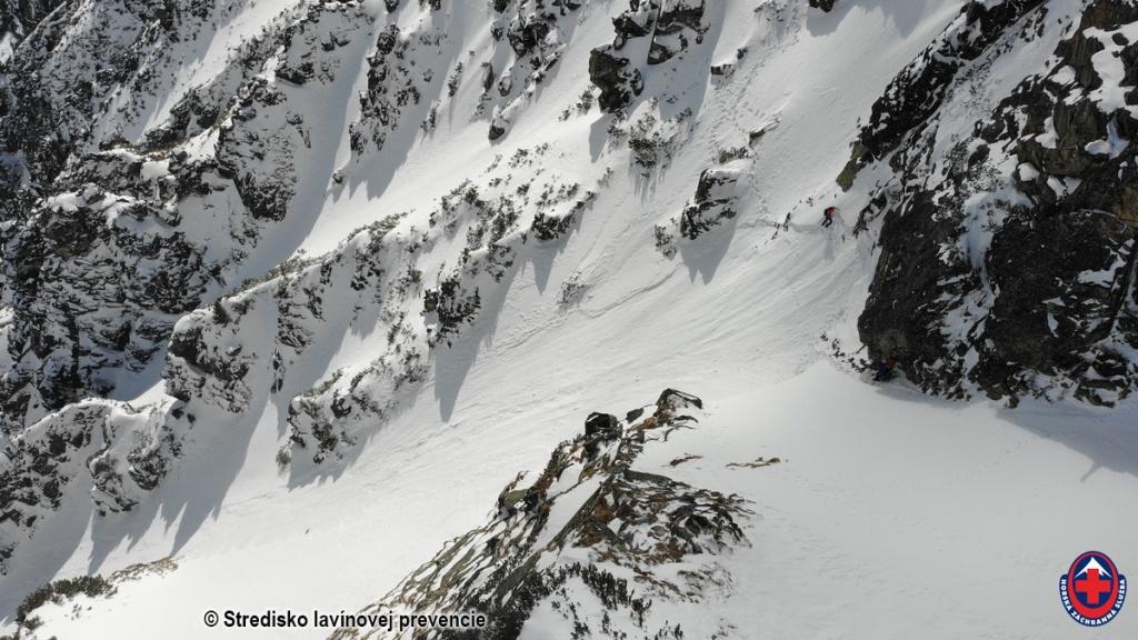 2021-03-15 Vysoké Tartry, odtrh lavíny zo 14.03.2021 2